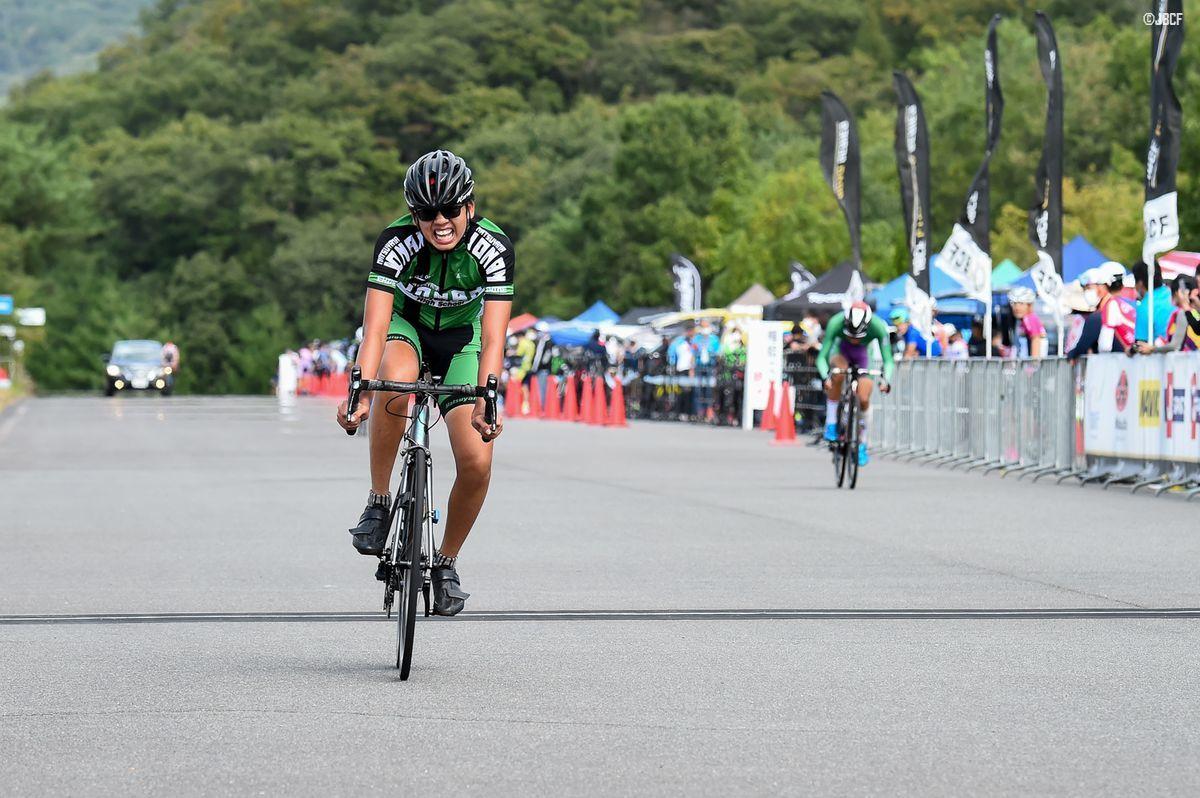 Yクラスタ 森本凛太郎(松山城南高等学校自転車競技部)が優勝